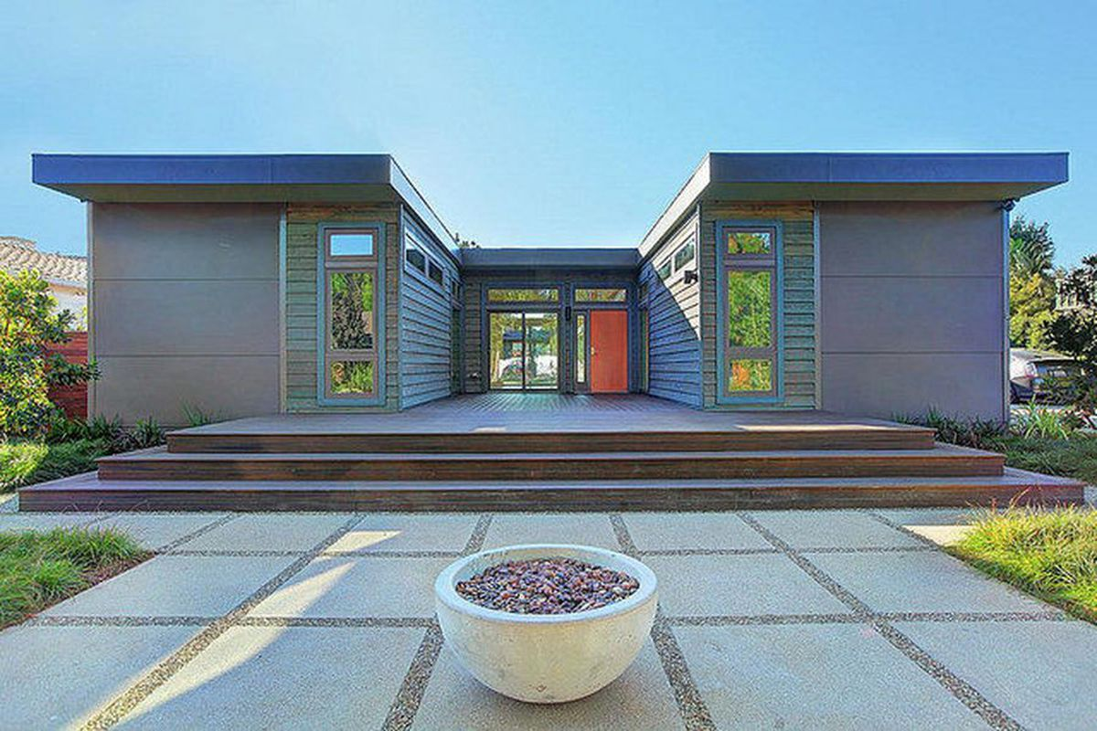 A modern prefabricated home